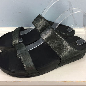 Fitflop US 10 Silver Black Two Strap Lulu sandals